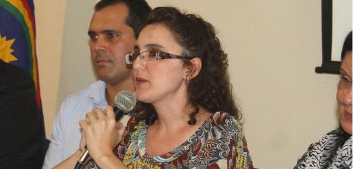 """Ordem e caos em """"Relógio de Ponto"""", por Isabel de Andrade Moliterno"""